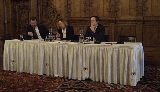 Diskussion im Rathaus Bremen